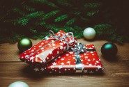 Christmas Cheer: TIPS Managing your Budget & Gift List